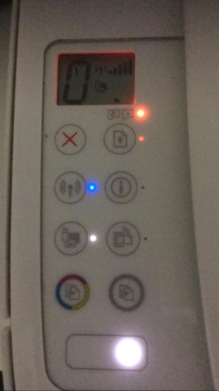 Luzes e ícones de erro.