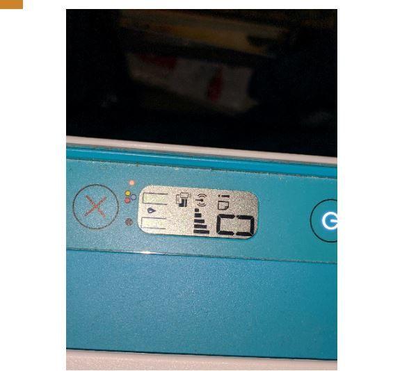 impressora com os novos cartuchos (os ícones do cartuchos ficam piscando)